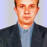 Александр, 40, г.Цюрупинск
