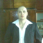 Александр, 37, г.Бичура