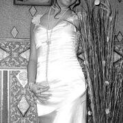 Anastasia, 27