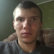 Максим, 30, г.Харьков