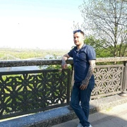 Леонид, 35, г.Прага