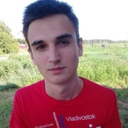 Михаил, 20, г.Шахтерск