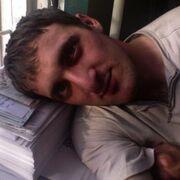 Олег, 36, г.Багдарин