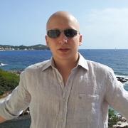 Антон, 35, г.Магадан
