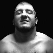 Олег, 25, г.Актау