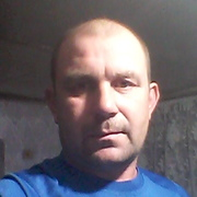 Василий, 39, г.Миллерово