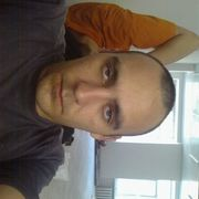 Михаил, 32